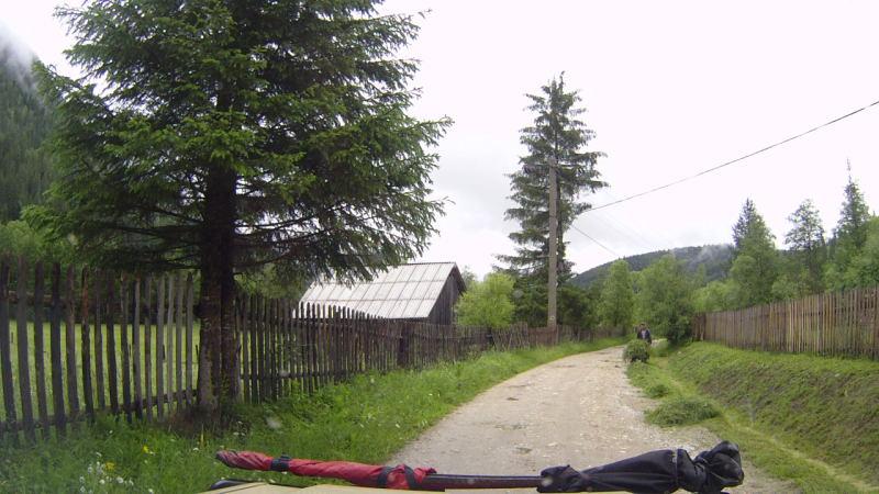 wieder unten im Dorf