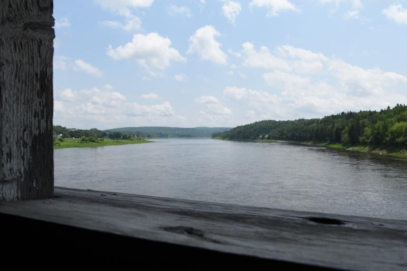 Aussicht von der Brücke auf den Saint John River