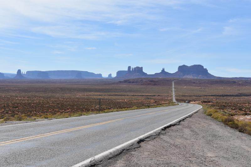 zum Monument Valley