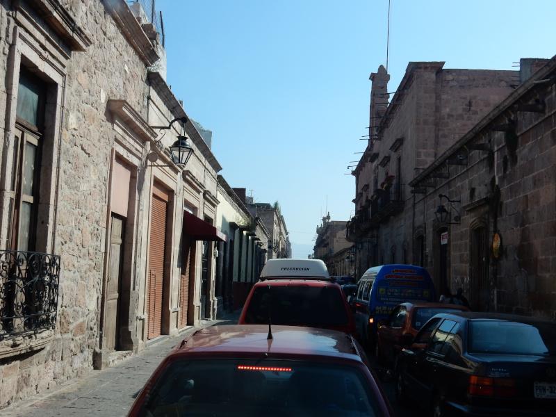 Stau in der Altstadt von Morelia