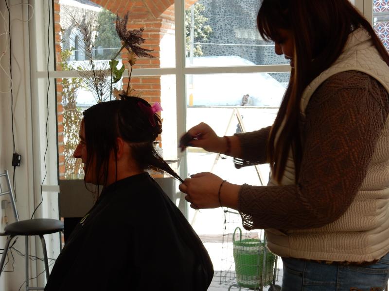 Dagi beim Friseur