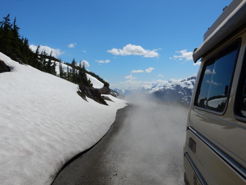 zum Salmon Glacier