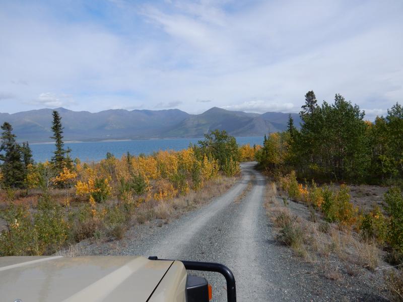 zum Kluane Lake