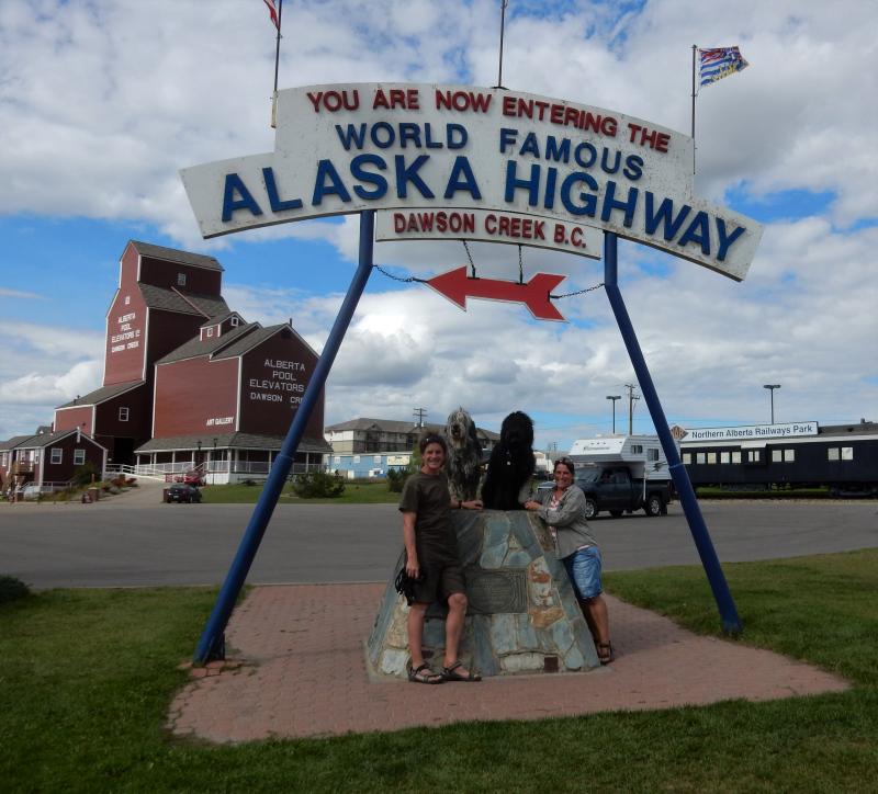 wir sind am Ende vom Anfang des Alaska Highways